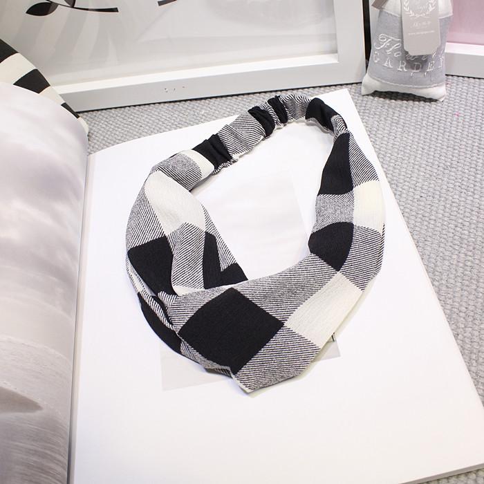 ผ้าคาดผมแฟชั่นโบฮีเมียนลายสก็อตสีขาวดำ