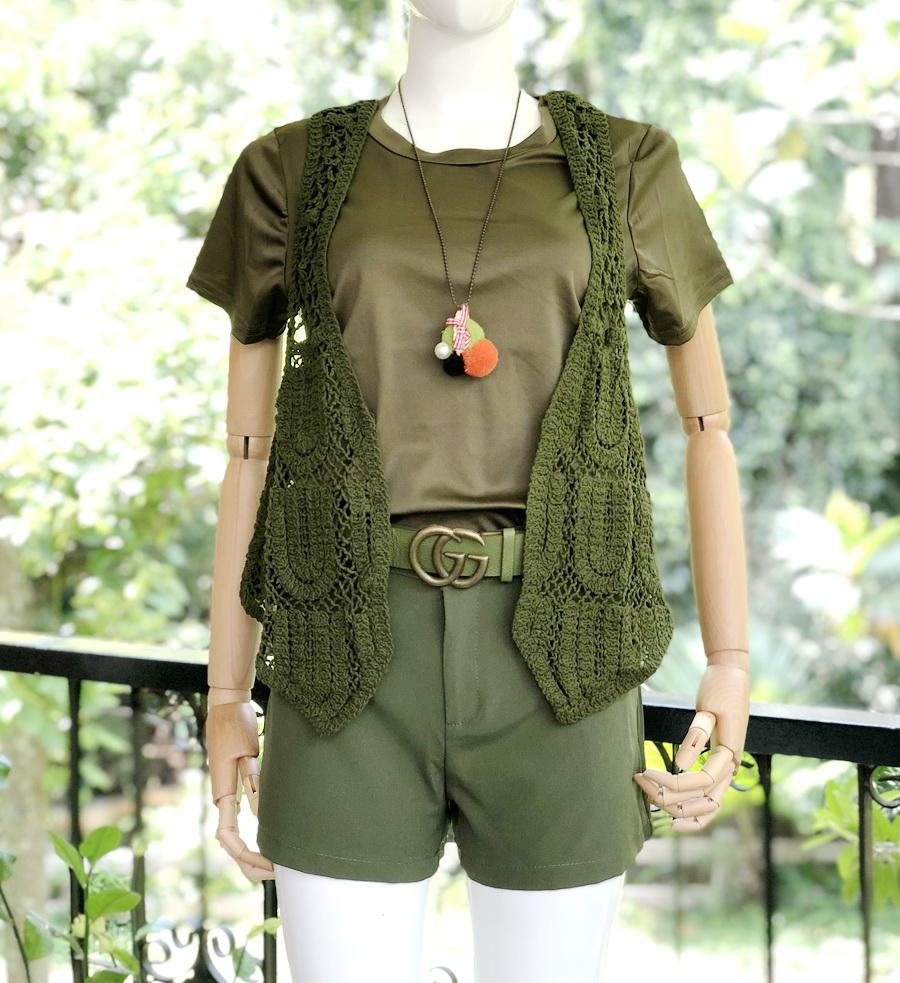 ส่ง:งานจีนชุด4ชิ้นโทนสีเขียวทหารเก๋ๆ/เสื้อ+กั๊กknit+เข็มขัด+กางเกง