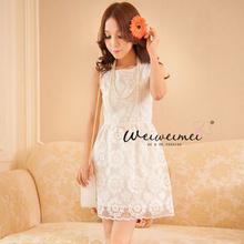"""size L """"พร้อมส่ง""""เสื้อผ้าแฟชั่นสไตล์เกาหลีราคาถูก Brand Weiweimei เดรสลูกไม้สีขาวแขนกุด ซิปหลัง มีซับในบางๆ"""