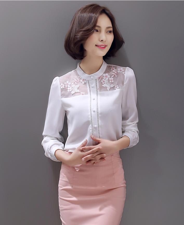 เสื้อทำงานผู้หญิงแขนยาวสีขาว สวยเรียบ ใส่สบาย