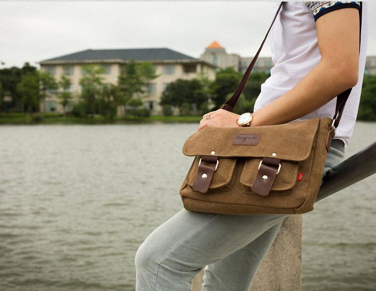 พร้อมส่ง สีดำ กระเป๋าสะพายข้าง ผ้าแคนวาสสุดเท่ห์ ใส่iPad ได้ กระเป๋าทรงคลาสสิค Retro Style
