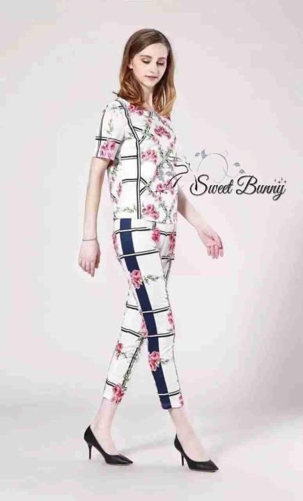 เสื้อผ้าเกาหลี พร้อมส่งเซ็ทเสื้อ+กางเกง ผ้าดีมีน้ำหนักพิมพ์ลายดอกไม้สีชมพูทั้งชุด