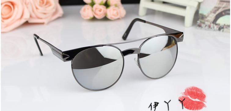 แว่นตากันแดดแฟชั่นเกาหลี กรอบสีดำ เลนส์ปรอทกระจกเงา
