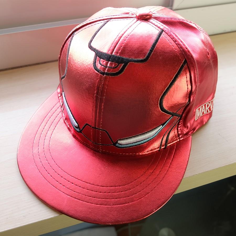 หมวก Snapback IRONMAN หนังแก้ว แดง
