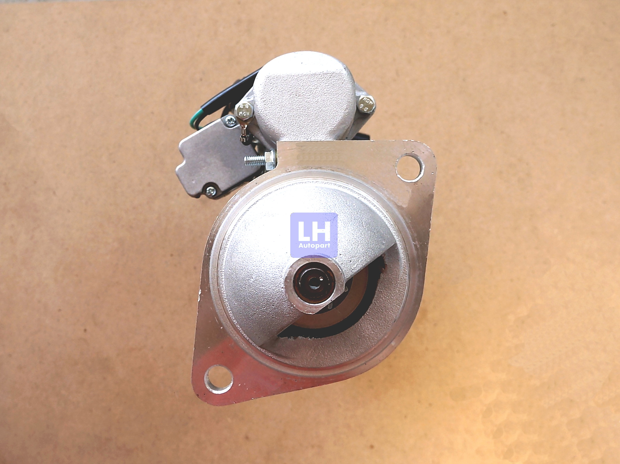 ไดสตาร์ท KOMATSU PC60, 4D94 หูกว้าง 9T (ใหม่)