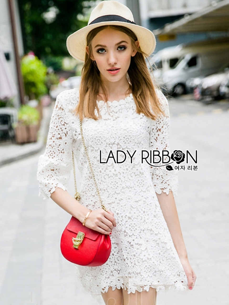 Lady Monica Little Flower Lace Mini Dress in White L204-79C01