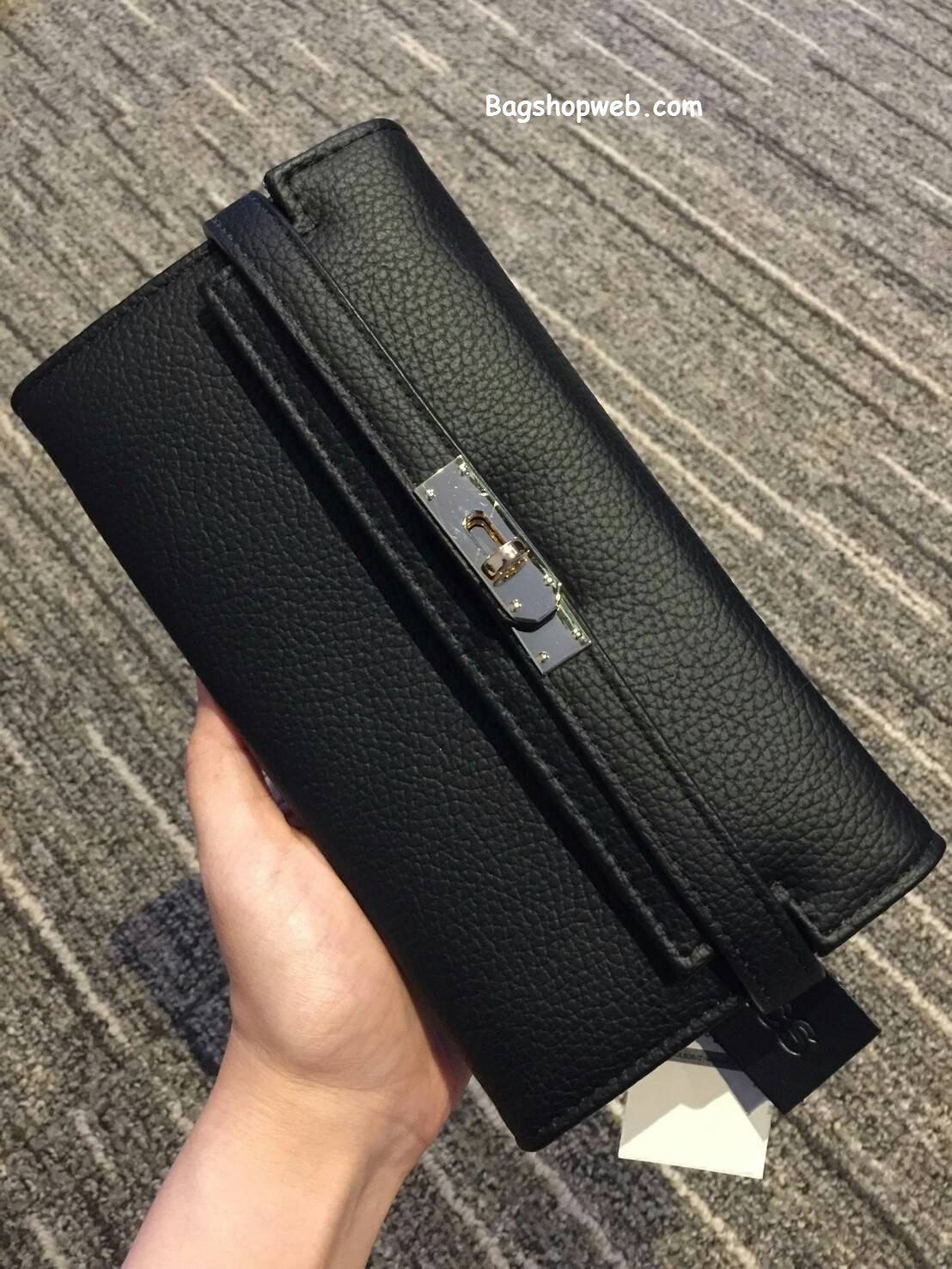 กระเป๋า MARCS PADLOCK LONG WALLET 2017 สีดำ ราคา 990 บาท Free Ems