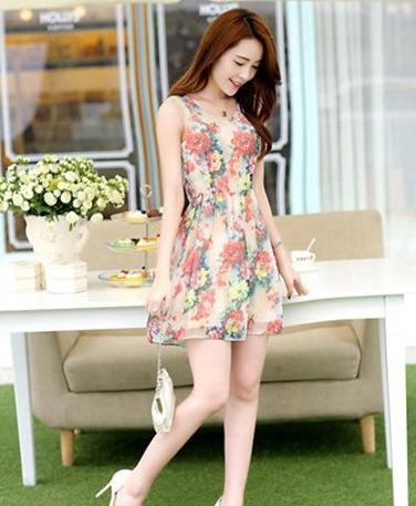 ชุดเดรสแฟชั่นเกาหลี ชุดเดรสน่ารัก ชุดเดรสสั้น ชุดเดรสสวย ๆ ชุดเดรสลายดอกไม้ คอกลม แขนกุด ( M,L,XL,XXL )