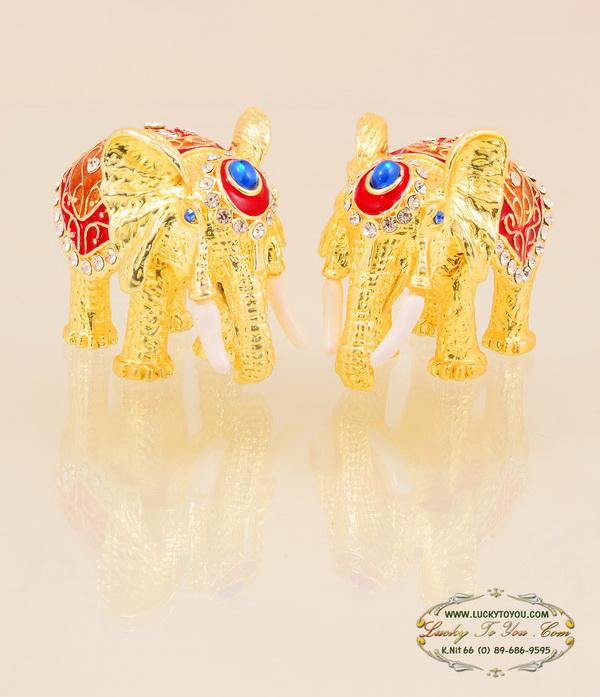 ของที่ระลึก ช้างคู่เล็ก พร้อมกล่องผ้าไหม ขนาดกว้าง 2.5 นิ้ว สูง 2.5 นิ้ว