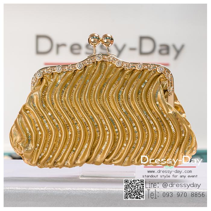 กระเป๋าออกงานพร้อ TE054 : กระเป๋าออกงานพร้อมส่ง สีทอง กระเป๋าคลัชตกแต่งกริตเตอร์สวยหรูมากค่ะ ราคาถูกกว่าห้าง ถือออกงาน หรือ สะพายออกงาน น่ารักที่สุด