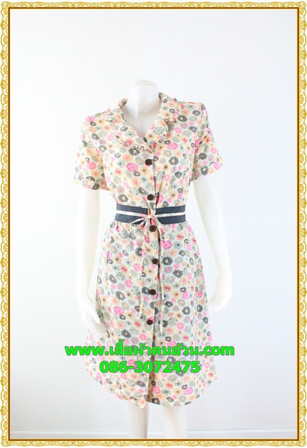 2969ชุดทํางาน เสื้อผ้าคนอ้วนลายดอกหลากสีปกเทเลอร์ใหญ่เดินระบายตามขอบปกเสื้อ ทรงสุภาพเรียบร้อยมีโบส้มเบรคลายคาดเอวพร้อมซับใน
