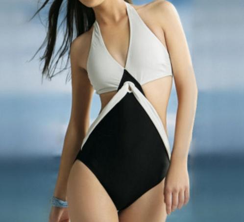 ชุดว่ายน้ำแฟชั่นพร้อมส่ง :ชุดว่ายน้ำวันพีชสีขาวดำสายคล้องคอแบบเก๋ น่ารักมากๆจ้า:รอบอก28-34นิ้ว เอว 30-34นิ้ว สะโพก32-38นิ้วจ้า