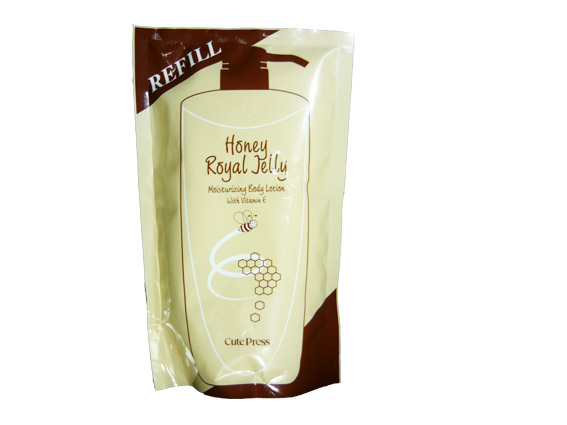 คิวเพรส รอยัล เจลลี่ มอยส์เจอร์ไรซิ่ง บอดี้ โลชั่น Cute Press Honey Royal Jelly Body Lotion