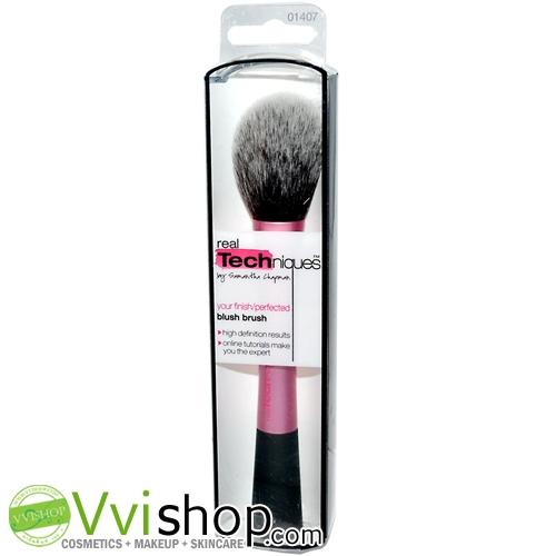 Real Techniques Blush Brush แปรงบลัชออน ขนนุ่ม ไม่บาดหน้า พุ่มและรูปทรง กำลังดี ไม่กินเนื้อบลัช