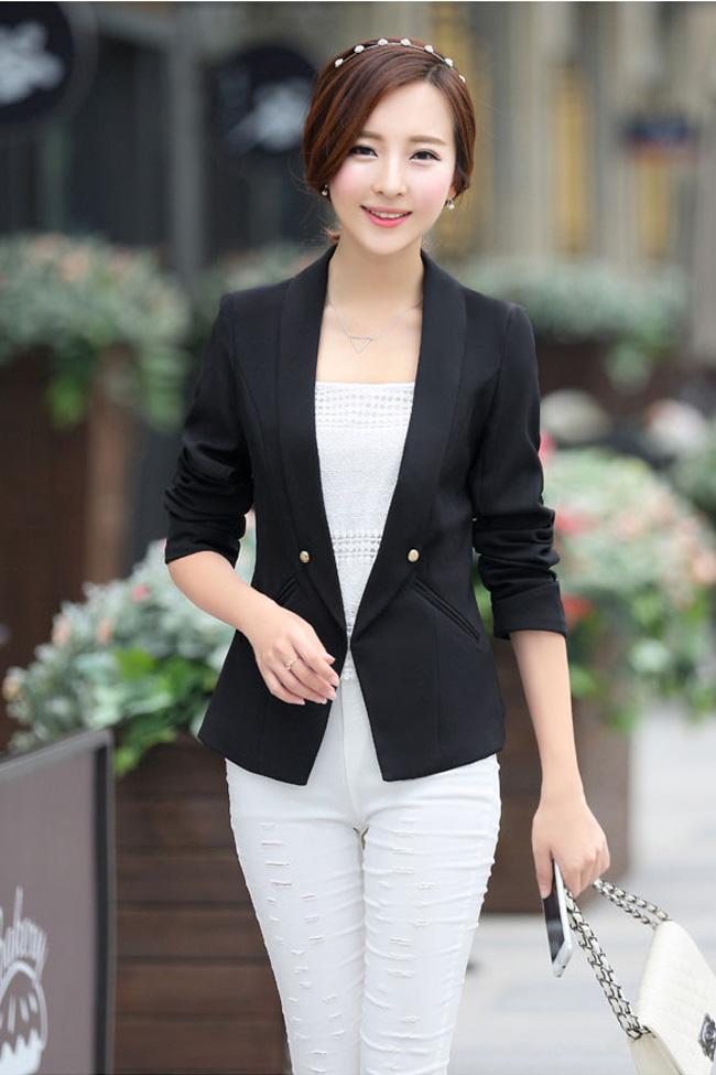 (สินค้าหมด) เสื้อสูทแฟชั่นผู้หญิง เสื้อสูททำงาน สีดำ คอปก แขนยาว แต่งแขนพับ ด้านหลังจับจีบสุดเก๋ ใส่ทำงานได้