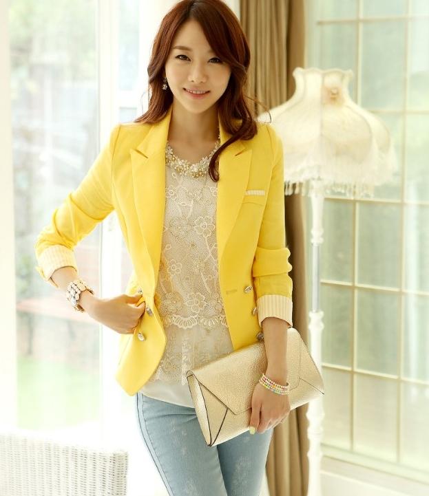(สินค้าหมด) เสื้อสูทแฟชั่น เสื้อสูทผู้หญิง สีเหลือง คอปก แต่งแขนพับลายทาง
