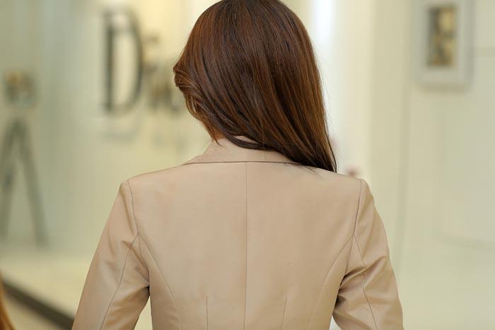 เสื้อสูทผู้หญิง เสื้อสูทแฟชั่น สีชมพูอมส้ม แขนยาว คอปก เนื้อผ้ามันวาว เนี๊ยบๆ