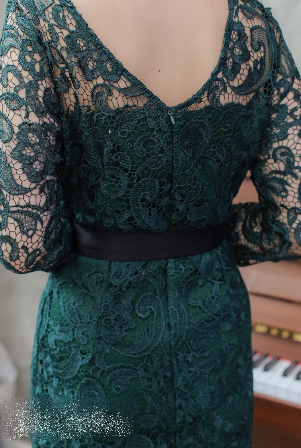 ชุดเดรสไปงานสีเขียว , ชุดไปงานแต่งงานสีเขียว, ชุดเดรสสีเขียว, แฟชั่นชุดไปงานสวยๆ, ชุดเดรสสวยหรูสีเขียว,ชุดเดรสเปิดไหล่สีเขียว,ชุดราตรีสั้นสีเขียว,ชุดลูกไม้สีเขียว
