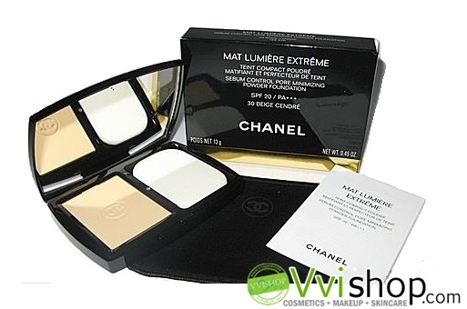 Chanel Perfection Lumiere Extreme Long-Wear And Pore Minimizing Powder Foundation SPF25 PA+++ 12 g # 10 ผิวขาว แป้งสุดฮิต (ขนาดปกติ In box)