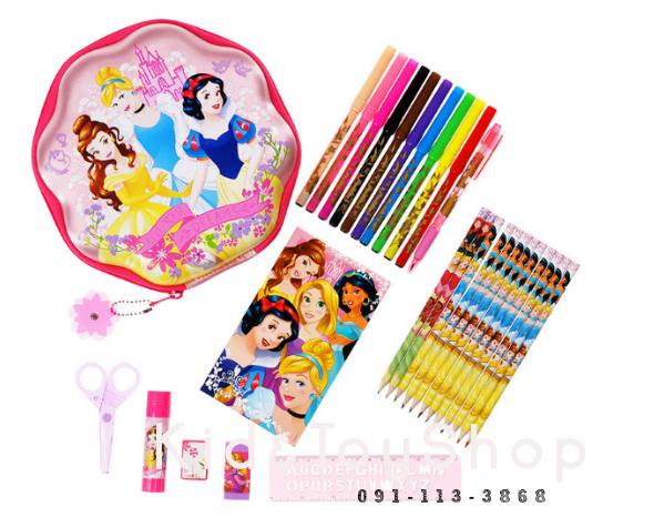ชุดอุปกรณ์เครื่องเขียน Disney Princess Zip-Up Stationery Kit [USA]