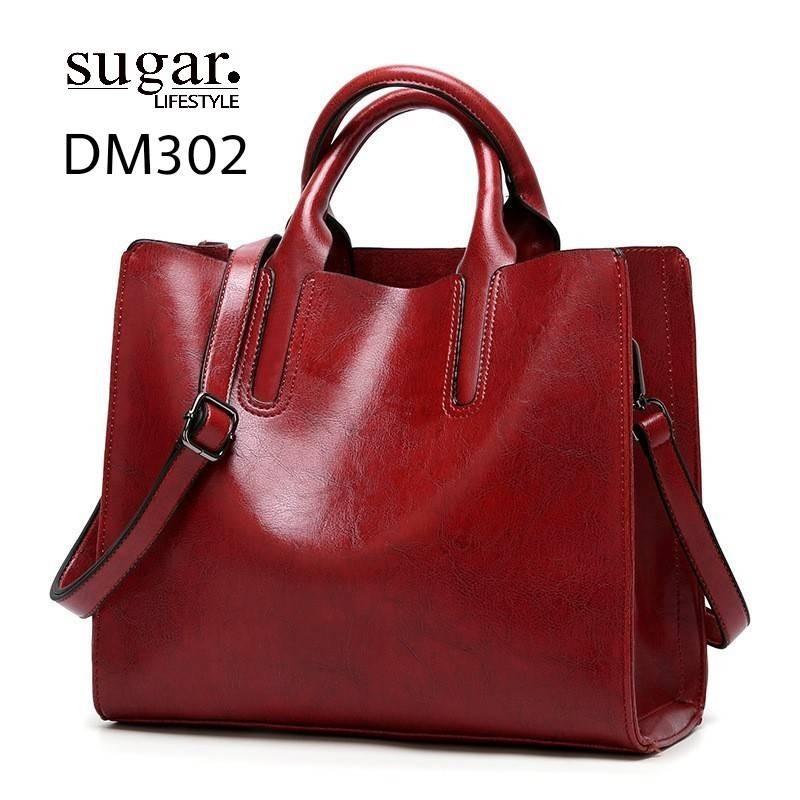 กระเป๋าสะพายผู้หญิงหนังอยู่ทรง มีแบบหนังเงาและหนังด้าน DM302-แดง (สีแดง)