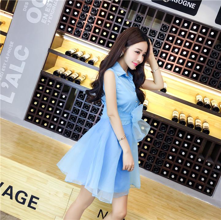 ชุดเดรสแฟชั่นเกาหลีสีฟ้าแขนกุดกระโปรงบานสวยๆ
