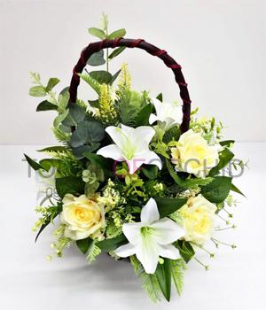 กระเช้าดอกไม้ประดิษฐ์กุหลาบเหลือง-ลิลลี่ขาว รหัส 2046