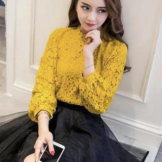 เสื้อลูกไม้สวยๆ แฟชั่นเกาหลี สีเหลือง แขนยาว เสื้อลายลูกไม้แบบสมัยใหม่ เก๋ๆ
