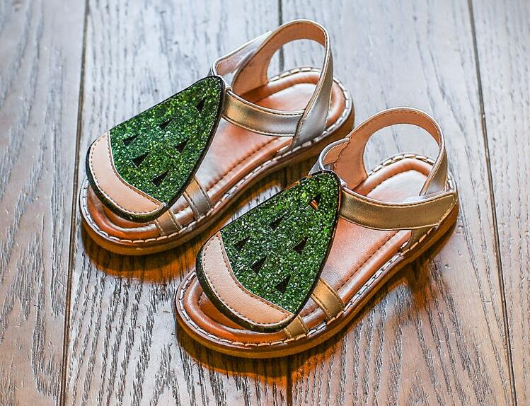 รองเท้าเด็กแฟชั่น สีเขียว แพ็ค 5 คู่ ไซต์ 21-22-23-24-25