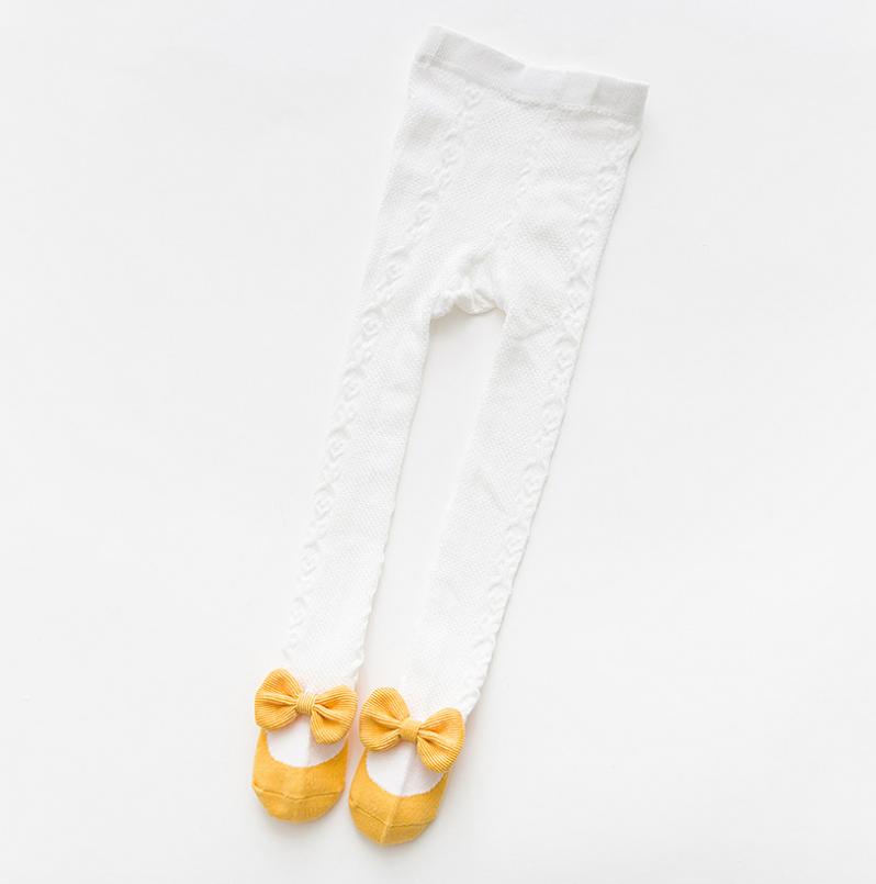 ถุงน่อง สีเหลือง แพ็ค 6คู่ ไซส์ S (อายุประมาณ 0-1 ปี)