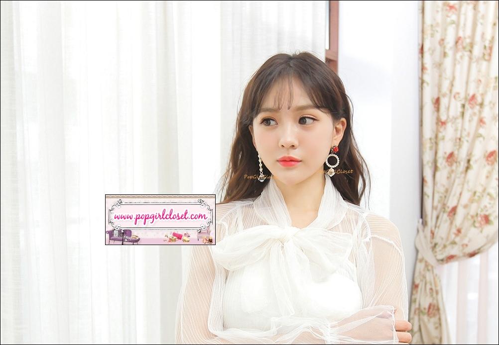 ต่างหูแฟชั่นสไตล์เกาหลี Pearl Round Circle Love Heart Rose Flower Drop Earrings / Luxury Vintage Design