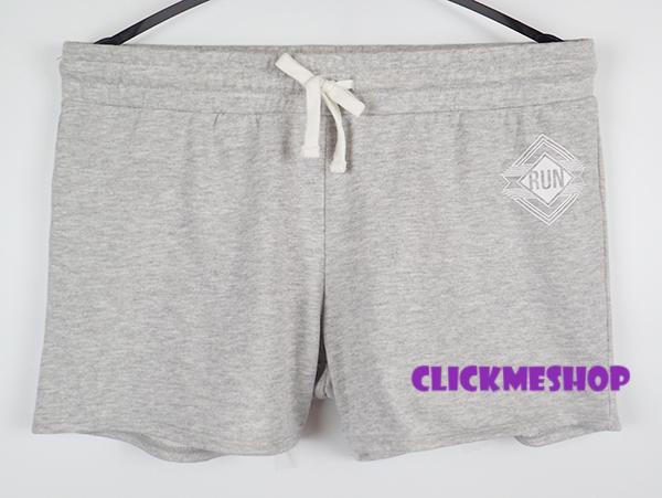 (ไซส์ L เอว 34-36 สะโพก 42-44 นิ้ว) กางเกงวอร์มทรงขาสั้น สีเทา ยี่ห้อ. intension มีกระเป๋าสองข้าง มีเชือกรูดเอว เอวยืดน่ารักคะ