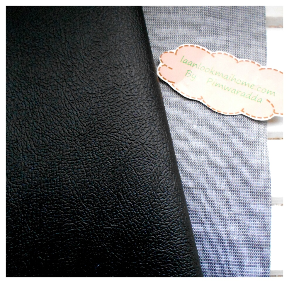 ผ้าหนังสีดำ แบ่งขาย 1 หน่วย = ขนาด1/4 หลา : 45X 65 cm ที่นำไปใช้กันเยอะคือหุ้มเบาะนั่งค่ะ