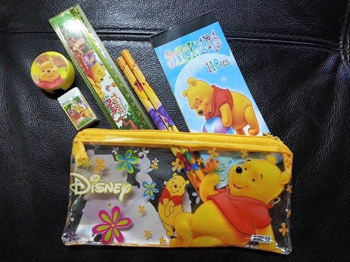 กระเป๋าดินสอพร้อมอุปกรณ์
