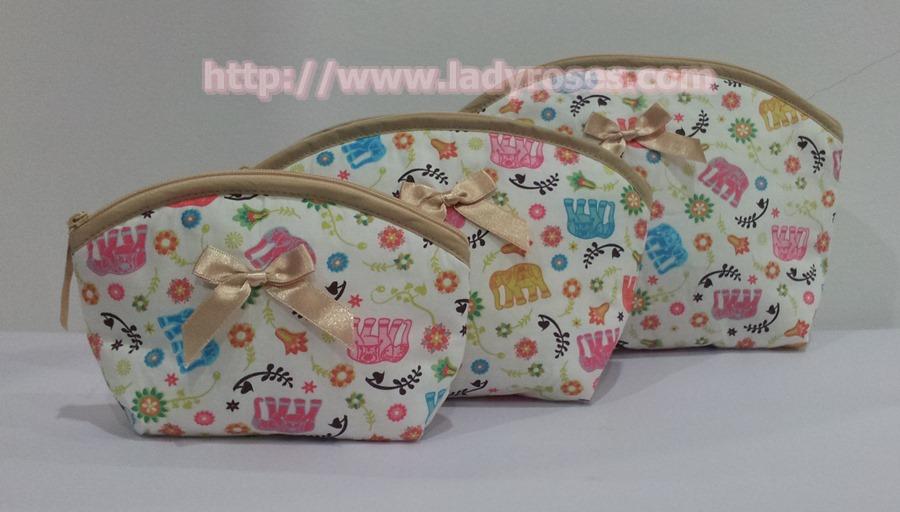 กระเป๋าเครื่องสำอางค์ นารายา ผ้าคอตตอน ลายช้าง หลากสี ขอบสีทอง เป็นชุด 3 ชิ้น Size L,M,S (กระเป๋านารายา กระเป๋าผ้า NaRaYa)