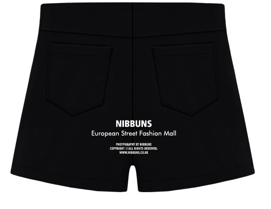 Pre Order - กางเกงขาสั้นแฟชั่นคนอ้วน ลำลองขาสั้นใส่สบาย ๆ แต่งซิบด้านหน้า สี : สีดำ / สีขาว