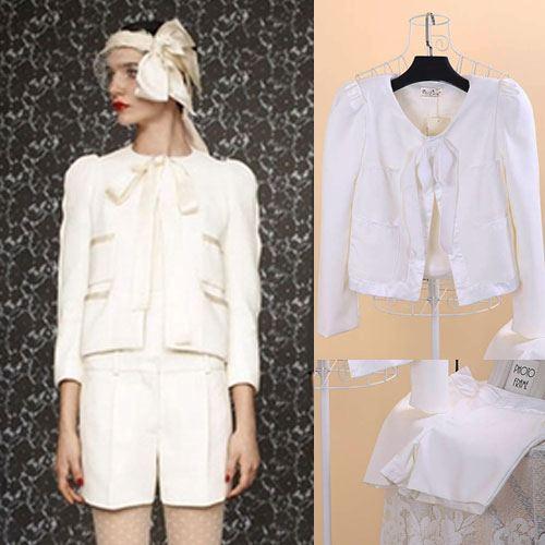 ViVi Party ++สินค้าพร้อมส่งค่ะ++ ชุดแฟชั่นเซ็ทเกาหลี เสื้อสูท แต่งริบบิ้นเก๋รอบตัว+กางเกงขาสั้น – สีขาว