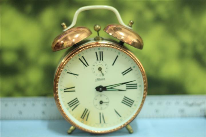 T0635 นาฬิกาปลุกเยอรมันโบราณ kaiser ส่ง EMS ฟรี