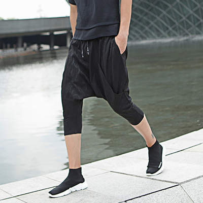 กางเกงขาสั้นสีดำเกาหลี แนวฮาเรม จั้มปลายขา
