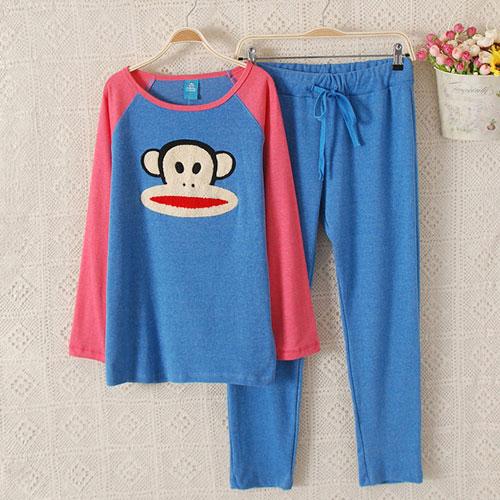 ++สินค้าพร้อมส่งค่ะ++ชุดนอนเกาหลี เสื้อแขนยาวคอกลม ปักทอหน้า paul frank ด้านหน้า+กางเกงขายาว สีสันน่ารัก มี 4 สีค่ะ – สีน้ำเงิน