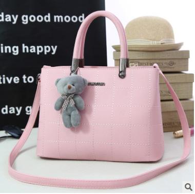 Pre-order กระเป๋าถือและสะพายข้างผู้หญิง เย็บลายตาราง แฟชั่นเกาหลี รหัส KO-9093 สีชมพู * แถมตุ๊กตาหมี