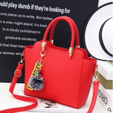 Pre-order กระเป๋าถือและสะพายข้าง ผู้หญิง แฟชั่นเกาหลี รหัส Yi-8509 สีแดง *แถมป๋อมหมี
