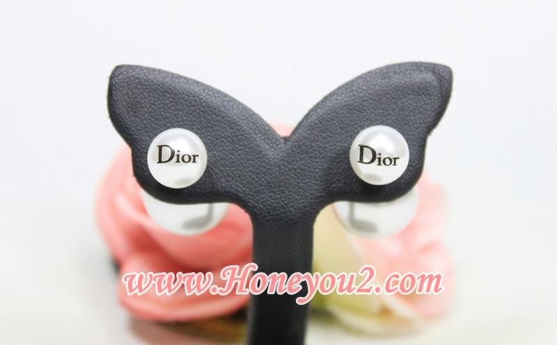 ต่างหู Dior มุก ตุ้มหลังใหญ่