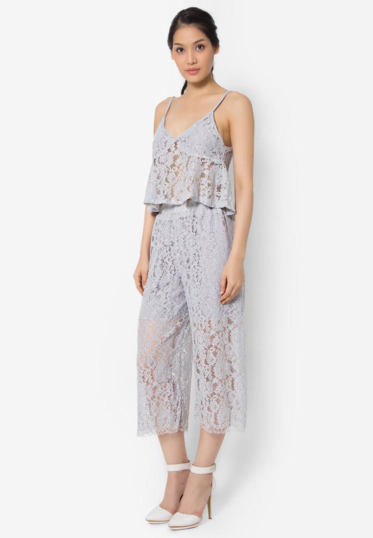เซ็ทเสื้อเบลาส์และกางเกงสี่ส่วน Sexy Lace