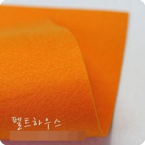 ผ้าสักหลาดเกาหลีสีพื้น hard poly colors 823 (Pre-order) ขนาด 90x110 cm/หลา